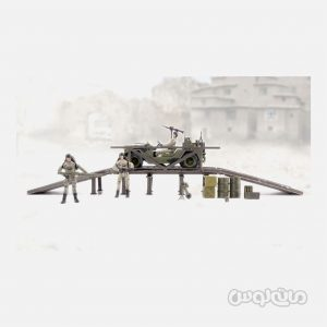 فیگور نیروی اعزامی بر روی پل 1:18 سری ورلد پیس کیپرز ام سی تویز