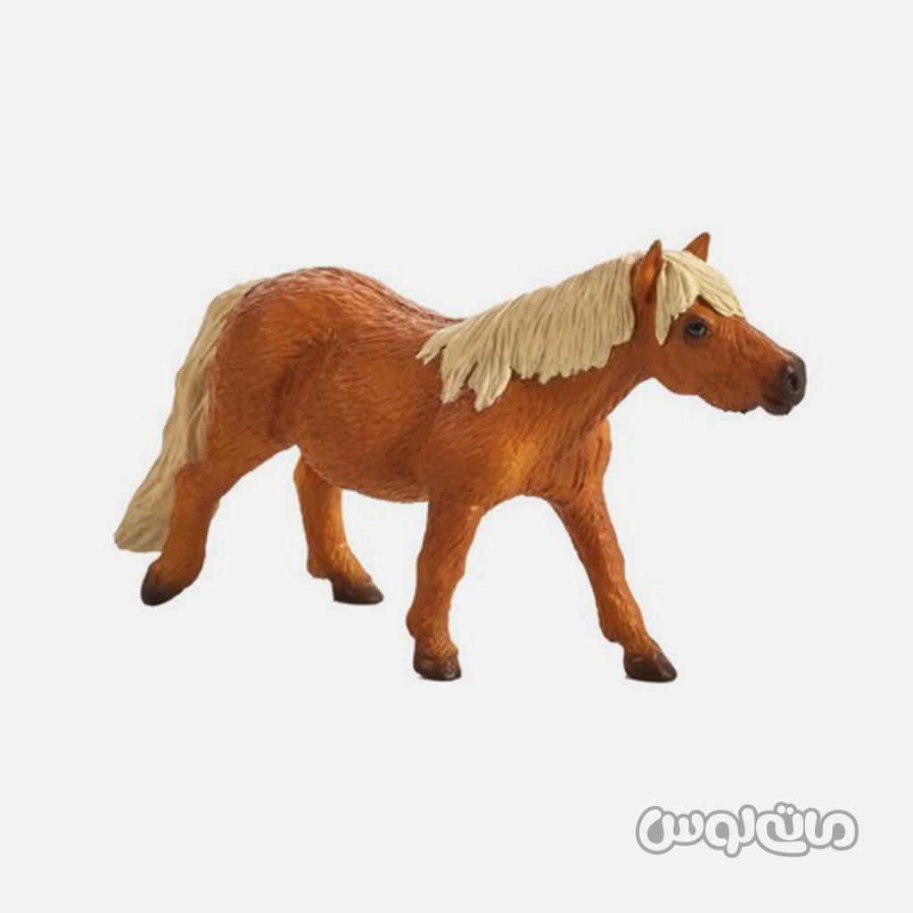 فیگور اسب پونی شتلند قهوه ای با یال های کرم رنگ موجو